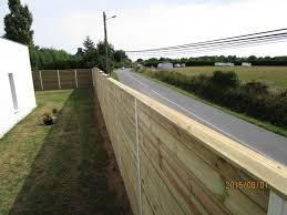 clôture anti bruit en bois en bord de route montpellier 34