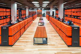 Nike Outlet by Nike Clearance 249 Photos 381 Reviews Shoe Stores