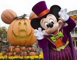 Anaheim Halloween Parade Time by 5 Reasons To Attend A Disney Halloween Party