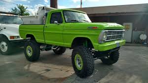 100 Ford Mud Truck 1969 F250 4x4 Show Monster Rock Crawler