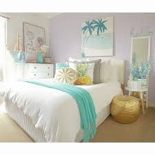 Kmart Trundle Bed by Kmart Teen Girls Bedroom Featuring Kmart White Waffle Quilt Cover