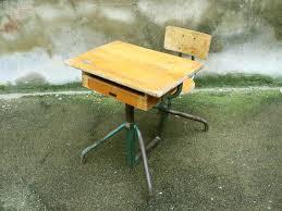 bureau d 馗olier ancien en bois 1 place bureau ecolier en bois the 25 best bureau ecolier ancien ideas on