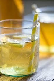 vin blanc sec cuisine vin blanc glacé à la sauge et au miel idée d apéritif pour les