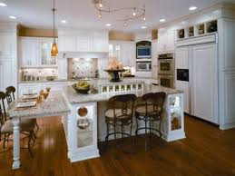 3 Photos Gallery Of Ideas And Tips For Large Beautiful Kitchens