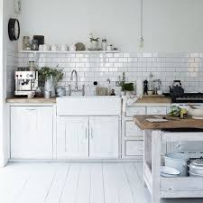 Hausliche Verbesserung Country Style Tiles For Kitchens White Painted Kitchen Designs With Belfast Sink
