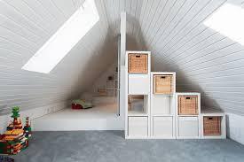 spitzboden raumaufteilung dachzimmer einrichten