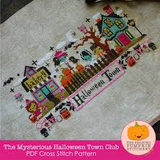 Frosted Pumpkin Stitchery Kit by U0026stitches October 2014