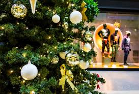 Christmas Tree In Shopping Mall Dreamstime Goory