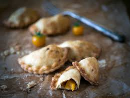 Easy Harry Potter Pumpkin Pasties by Harry Potter Bite Sized Spicy Pumpkin Pasty Recipe