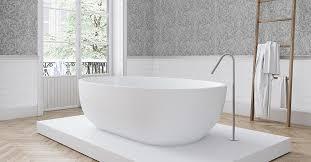 vliestapeten im badezimmer so setzen sie den neuen trend um