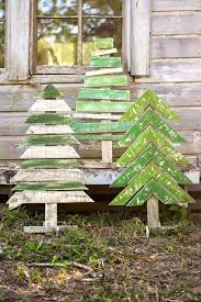 Easy DIY Pallet Christmas Tree Ideas To Amaze Everyone With Your Creativity