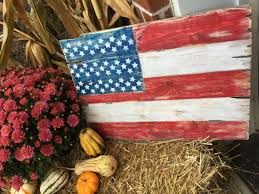 Show A Little Of Your Patriot Side With These Distressed American Flag Signs