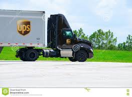 100 Ups Truck Routes DUnited Parcel Service UPS De Cargaison Camion Semi Sur La Route