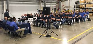 Ky Labor Cabinet Jobs by Ky Labor Sec Ramsey Joins Mubea Apprentices Execs To Celebrate