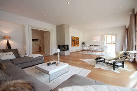 luxuriöse ferienwohnung im chalet stil in kitzbühelbei 1