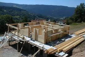 chalet de montagne en kit l auto construction monter soi même sa maison bois en kit