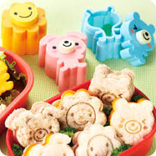 accessoire cuisine japonaise décorations maison moules à sanwich toast kawaii usagi kuma et