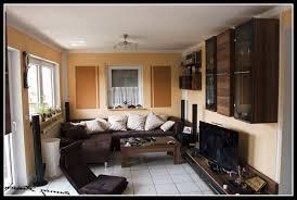 ideen wandgestaltung wohnzimmer braun caseconrad