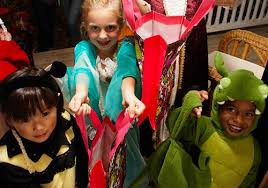 Barnes & Noble at TCC Creates Halloween Fun for Younger Customers
