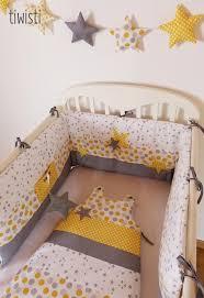 comment mettre un tour de lit bebe plus de 25 idées uniques dans la catégorie gigoteuse sur