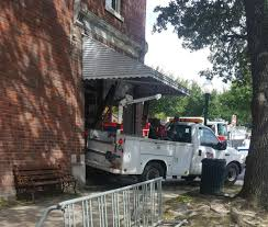 100 Truck Town Summerville Guerins Pharmacy Making Repairs To Centuryold Entrance After Truck