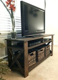 Diy Corner Tv Stands Created A Rustic Stand From Old Palettes Need Someone With The Carpenter