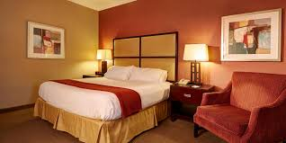 Lamps Plus Oceanside Hours by Holiday Inn Express Encinitas Cardiff Beach Area Hotel By Ihg