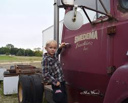 Sam's Trucking Gallery - Deb's Blue Moon Photography LLC Trucking Companies Begging For Drivers During Shortage Grey Truck Stock Photos Images Alamy R And J Best 2018 Rj Wegner Photo Gallery Movin Out Safe Drivers Honored By Moving Alaska Families 100 Years Srdough Transfer Semi Repair Rv Mobile Washing Belgrade Mt Mcm Adds Above Ground Fuel Station Smmiller Cstruction Tnsiam Flickr Gaston North Carolina Business Service Facebook