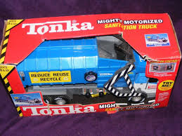 100 Tonka Truck Games Mighty Motoreized Sanitaion Recycle Garbage