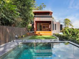 100 Beach House Gold Coast Curved Beach House With Copper Facade Sells In