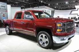 GM Singing About Lower Maintenance Cost Over Best-In-Class MPG ... 2017 Chevrolet Silverado Fuel Economy Review Car And Driver The Best Gas Mileage Cars Of 2018 Digital Trends 2015 2500hd Duramax Vortec Vs Colorado Diesel Americas Most Efficient Pickup Ck 1500 Questions My 90 Chevy Half Ton 350 Tbi 5 Chevy Hd 060 Mph Realworld Mpgtowing Gmc Canyon Diesels Rated At 31 Mpg Highway Colorados Youd Have To Really Hate Large Vehicles Five Trucks