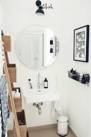 7 praktische stauraumideen für kleine bäder badezimmer