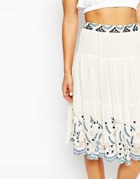 hazel embroidered tiered midi skirt in natural lyst