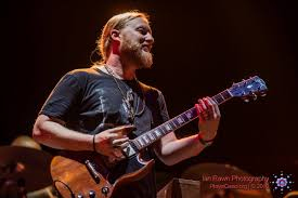 Eddie Vedder, Derek Trucks & Bill Murray Collaborate On Cover Of The ...