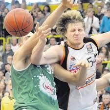 BasketballBundesliga Zwei Verlängerungen Und Ein Zeichen Für Die