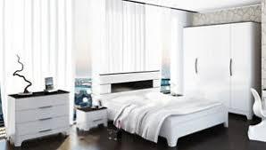 schlafzimmer set kleiderschrank bett kommode schwarz weiß