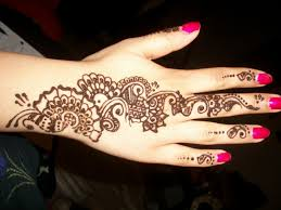 Arabic Henna Tatouage On Hand Easy