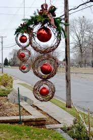 Outdoor Christmas Decorations Ideas To Make by 25 Top Outdoor Christmas Decorations On Pinterest Outdoor