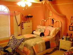 Cute Living Room Ideas For College Students by Bedroom Awesome Kids Bedroom Decorating Ideas With Cream Metal