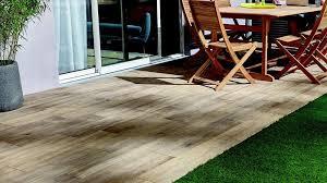 carrelage exterieur point p carrelage imitation bois pour terrasse exterieure gelaco avec