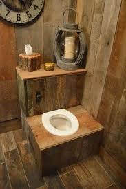 Diy Primitive Bathroom Ideas by Best 25 Outhouse Decor Ideas On Pinterest Outhouse Ideas Small