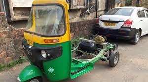 100 Auto Re All New Bajaj RE Compact LPG Rickshaw Complete View