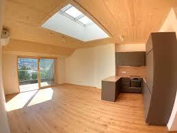 edle dachgeschoss wohnung öko holzbauweise erstbezug terrasse blick ins grüne klimaanlage parken