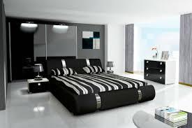 komplett schlafzimmer set hochglanz schwarz kleiderschrank bett 2 x nachttisch