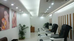 Beauty Salon Chairs Online by Beauty Parlour Salon Interior Design 2017 Youtube