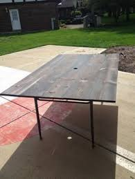 Diy Wooden Table Top by Patio Table Top Redo With Pallet Wood Kindred Crafty Things