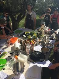 cours de cuisine evjf cours de cuisine en plein air journée en famille ou animation
