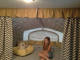 Ating Ideas Rv You Need To See Rvsharecom Rustic Cabin Decor Camper