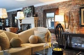 afrikanisch dekorierter wohnraum mit bild kaufen