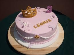 fondant prinzessinnen torte mit krone prinzessinnen torte
